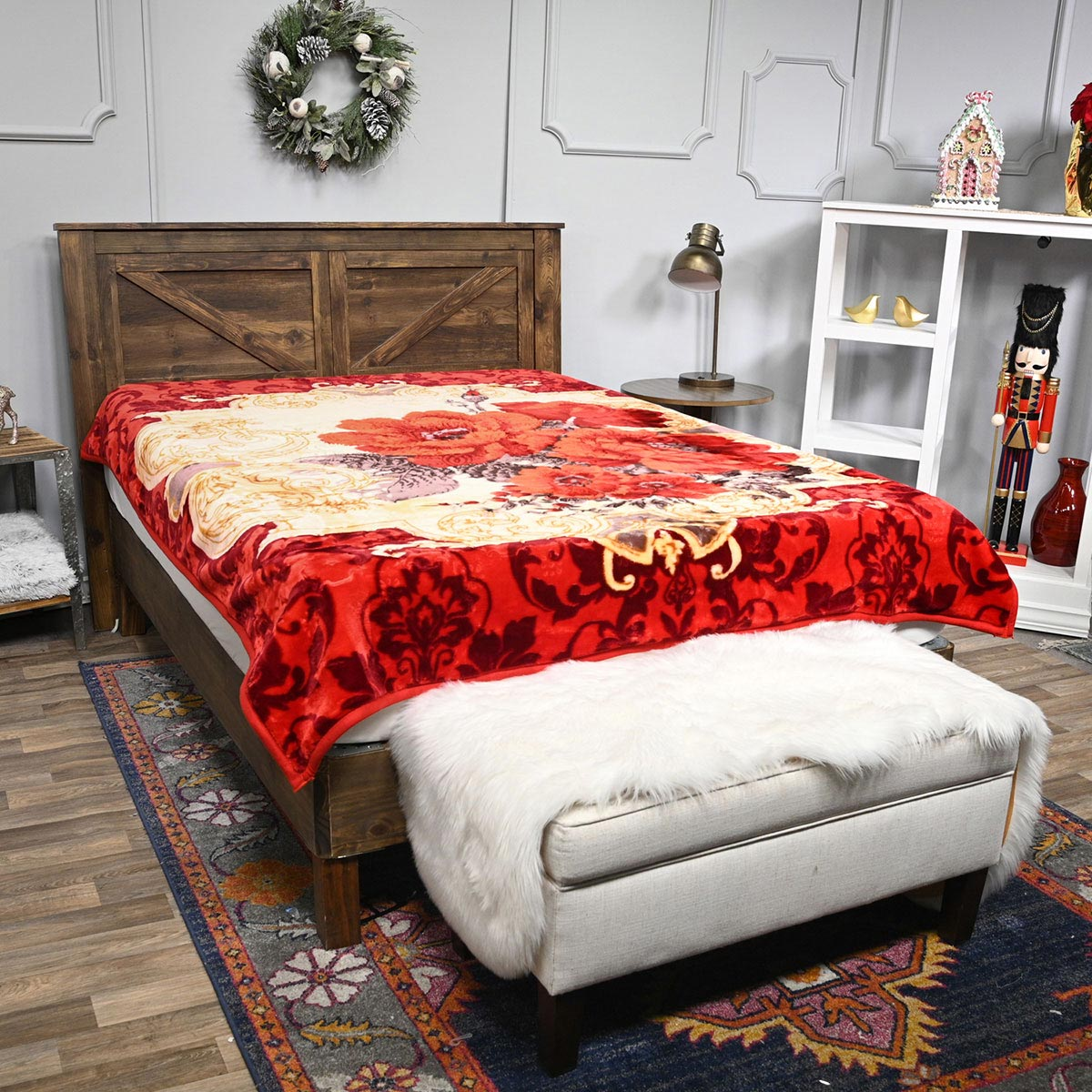 DAHDOUL HOME GOLDEN PEACOCK Red Microfiber Flannel Floral Ga