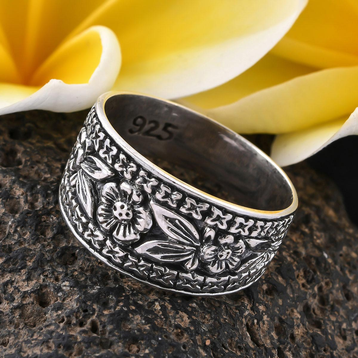 BALI LEGACY Ring in Sterling Silver (Size 6.0) (Avg 4.7 g)