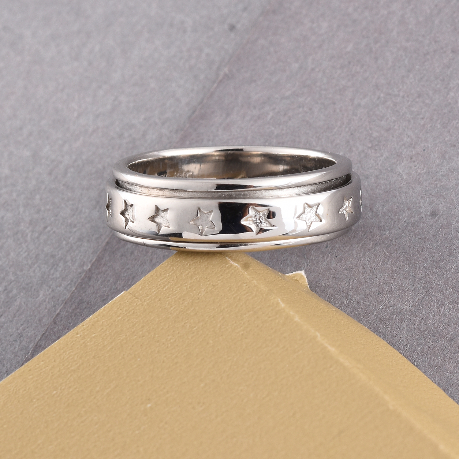 Sterling Silver Stars Spinner Ring (Size 9.0) (Avg. 4.70 g)