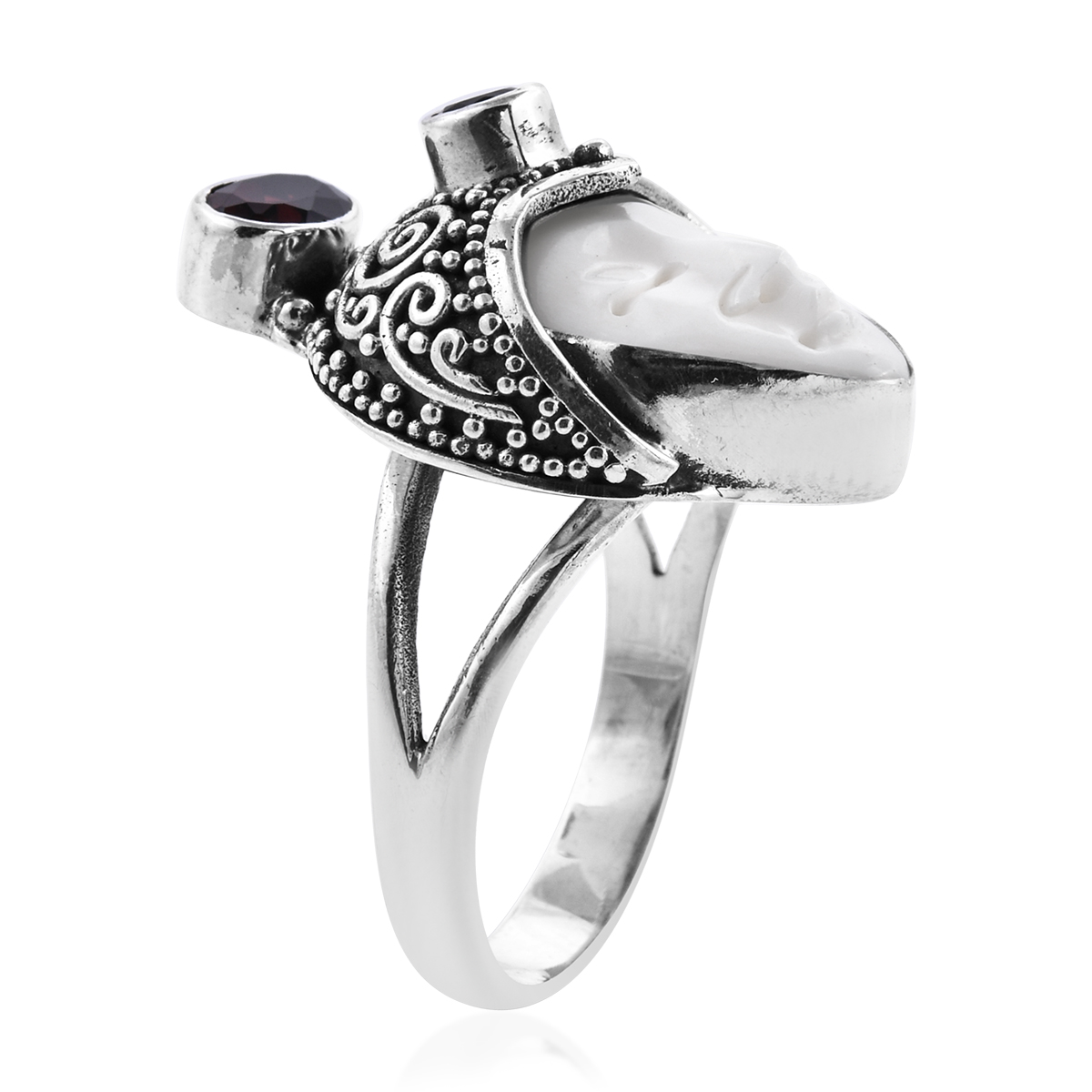 Bali Goddess Carved Bone, Mozambique Garnet Ring in Sterling Silver (Size 10.0) (Avg. 10.47 g) 1.26 ctw