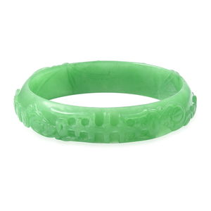 Burmese Green Jade Carved Bangle Bracelet (7.50 in) 209.00 ctw