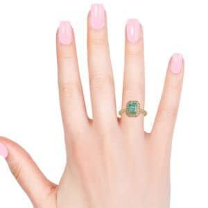 ILIANA AAAA Premium Boyaca Colombian Emerald, Diamond (0.23 cts) Ring in 18K Yellow Gold (Size 7.0) 1.23 ctw