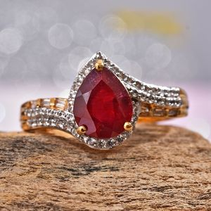 Niassa Ruby, Zircon Ring in Vermeil YG Over Sterling Silver (Size 6.0) 4.29 ctw