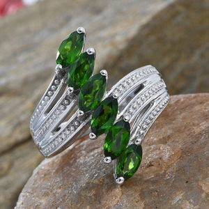 Russian Diopside Ring in Platinum Over Sterling Silver (Size 8.0) 1.85 ctw