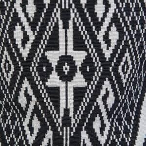 Black Geometric Woven Pattern Jacket - L (26.5x43.5, 100% Polyester/Cotton)
